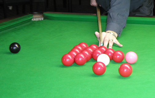 Snooker: Warwick too strong for RHADC
